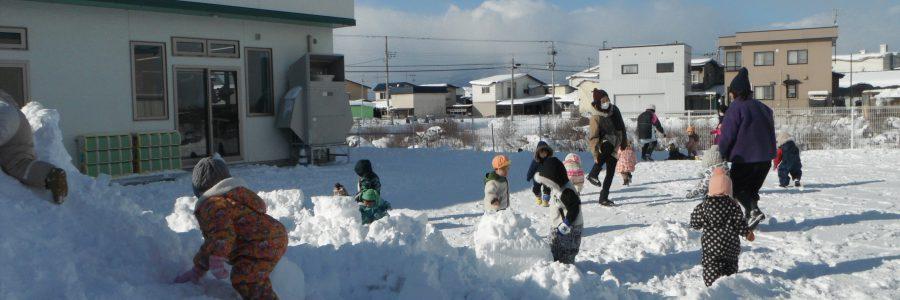 雪遊び(りす組)